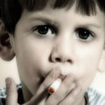 un-enfant-sui-fume